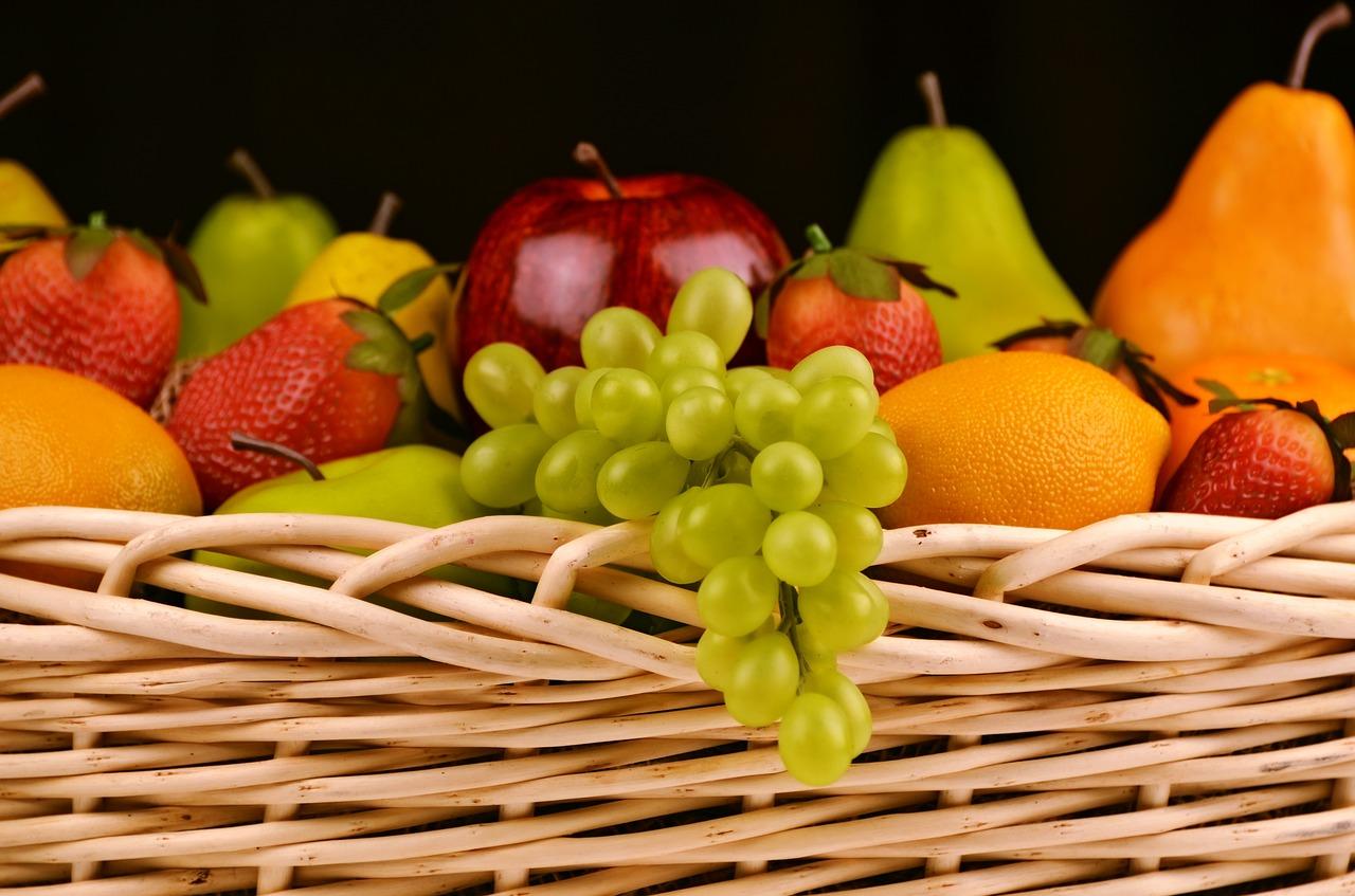 おやつ=軽食と考えよう。炭水化物、たんぱく質を積極的にとろう。