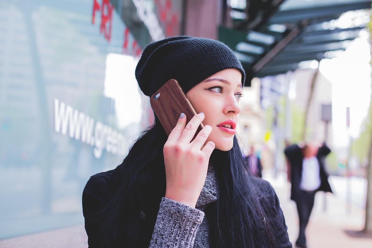 楽天モバイルってどうなの?通話プランはいくら?2017年10月版